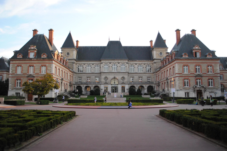 La conférence sur la francophonie dans le monde se tient à la Cité internationale universitaire à Paris.