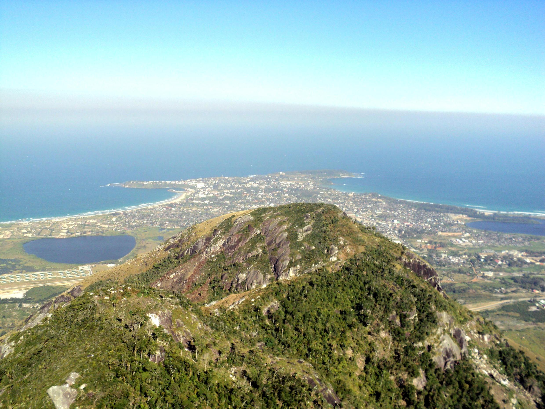 Ici, une vue de Fort-Dauphin depuis le Pic Saint-Louis, à Madagascar.