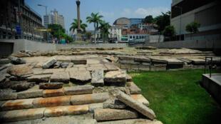 O cais do Valongo, no centro do Rio de Janeiro, recebeu no século 19 cerca de 900 mil escravos vindos do continente africano.