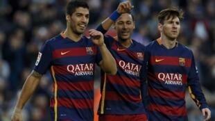 'Yan wasan Barcelona Suárez da Neymar da Messi
