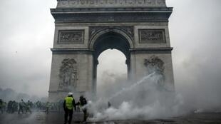 """The Arc de Triomphe was has been at the epicentre of the """"yellow vest"""" protests in Paris since November"""