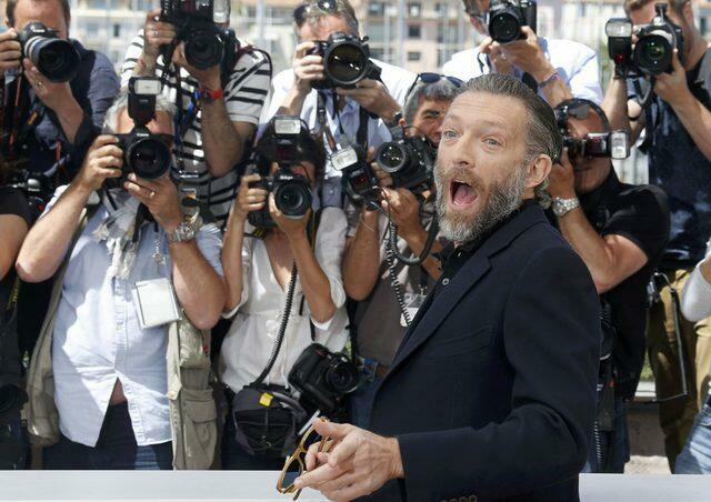 Ator francês Vincent Cassel, que está em Cannes, criticou processo de impeachment de Dilma Rousseff.