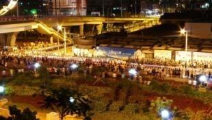 亞運會強拆造成衝突對峙的場面