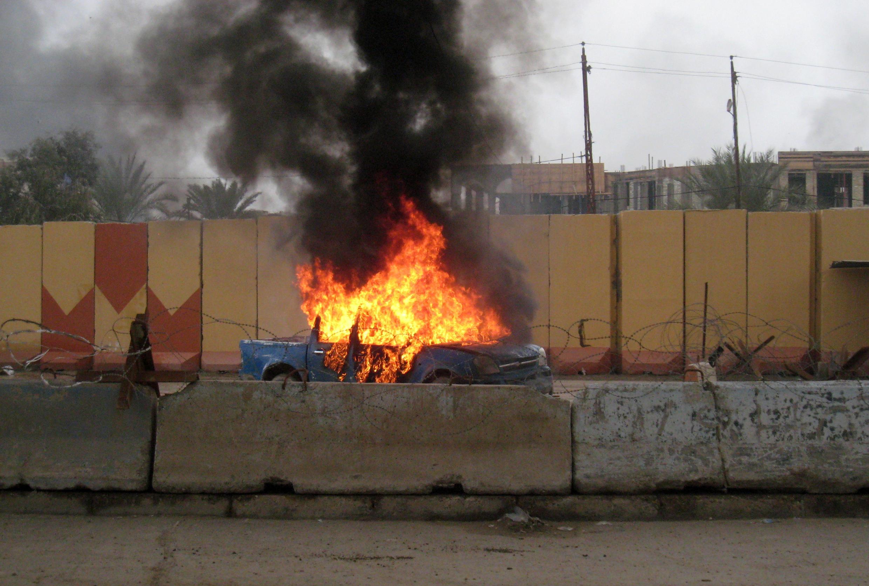 Бои в Эль-Фаллудже между силами правительства и повстанцами-суннитами при поддержке боевиков аль-Каиды
