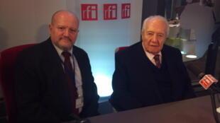 Antigo Presidente Mário Soares, em companhia de Vitor Matias, nos estúdios da RFI, em Paris - 12.11.2013