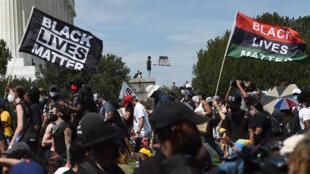 Manifestación contra el racismo y la brutalidad policial, el 28 de agosto de 2020, en el Monumento a Lincoln en Washington
