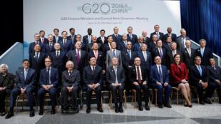 Bộ trưởng Tài Chính khối G20 chụp ảnh tại cuộc họp Mùa Xuân của Quỹ Tiền tệ Quốc tế và Ngân hàng Thế giới tại Washington, ngày 15/04/2016.