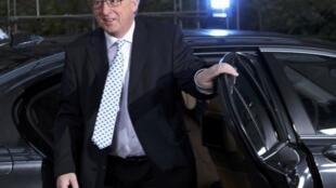 El primer ministro de Luxemburgo, Jean-Claude Juncker, llega a la cumbre europea del 8 de diciembre de 2011