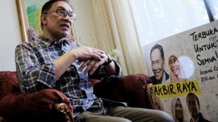 Anwar Ibrahim, photographié lors d'un précédent entretien avec l'agence de presse Reuters, le 17 mai dernier à Kuala Lumpur.