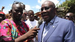 L'ex-président de l'Assemblée nationale Abdou Karim Meckassoua devant sa résidence au PK5, à Bangui, Centrafrique, le 24 octobre 2019.