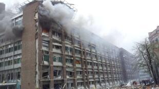 انفجار در اسلو در ساختمانی صورت گرفت که مقر نخست وزیری و چند بنای دولتی دیگر را در خود جای داده است