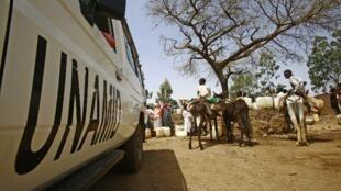 Un véhicule de la mission de l'ONU au Darfour dans la région de Djebel Marra.