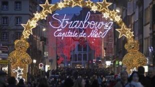 Le marché de Noël de Strabourg, le 24 novembre 2012.