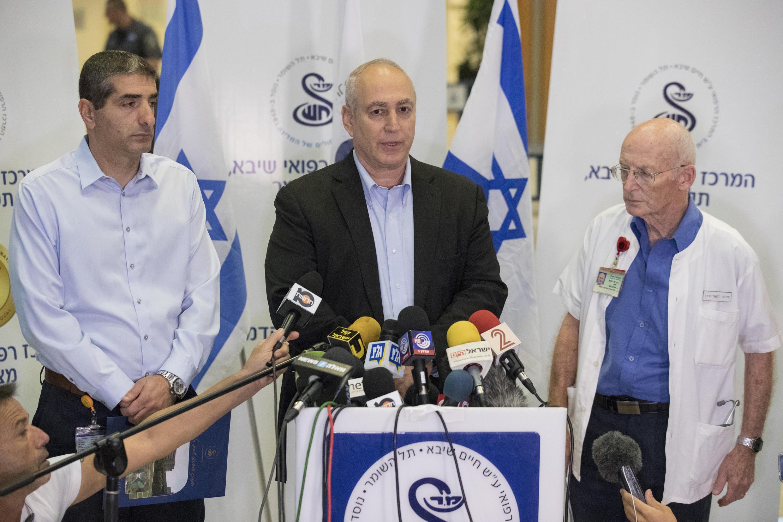 Chemi Peres, le fils de Shimon Peres, a annoncé, ce mercredi 28 septembre 2016, le décès du prix Nobel de la paix dans la nuit du mardi au mercredi.