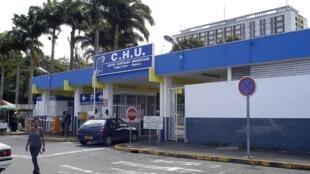Depuis l'incendie dont il a été victime en 2017, le CHU de Pointe-à-Pitre est dans une situation critique d'après les syndicats.