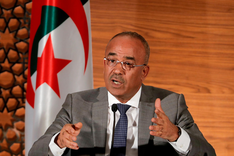 Noureddine Bedoui anaendelea kuwa waziri mkuu wa serikali mpya ya Algeria, iliyotangazwa Jumapili, Machi 31, 2019.