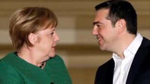 Thur tướng Hy Lạp Alexis Tsipras tiếp thủ tướng Đức, bà Angela Merkel tại Athens ngày 10/01/2019.