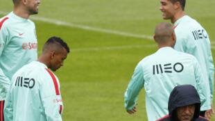 Portugal mede hoje forças com a Hungria depois de não ter conseguido vencer nos dois últimos jogos.