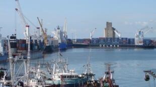 Une vue du port autonome de Pointe-Noire.