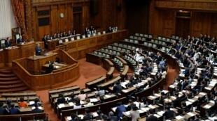 La Chambre haute du Japon a adopté une loi assouplissant l'accueil des travailleurs étrangers, le 7 décembre 2018.