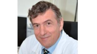 Professeur Éric Caumes.
