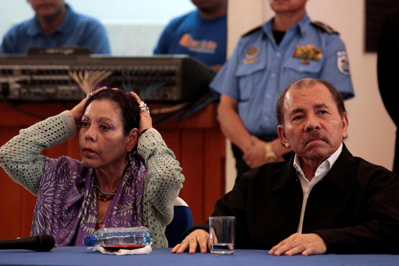 Le président Ortega et sa compagne, la vice-présidente Rosario Murillo, le 16 mai lors du dialogue national.