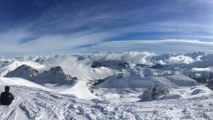 阿尔卑斯山的萨瓦省滑雪场