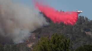 9月27日美国加州火灾正盛资料图片