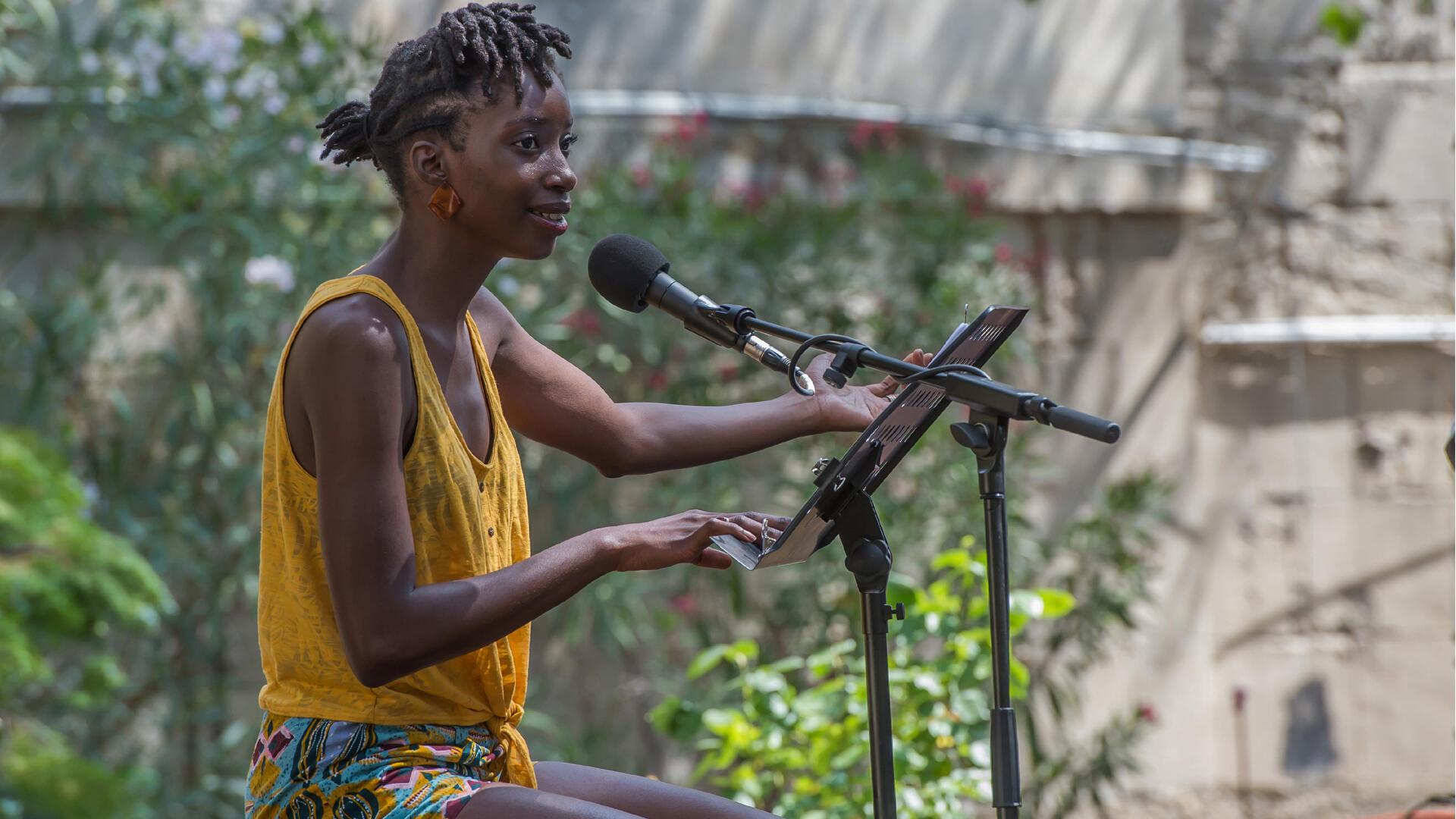 Swala Emati. DANSE AVEC LE DIABLE de Souleymane Bah.  Ça va, ça va le monde! Festival d'Avignon 2019.