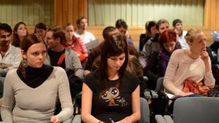 Chaque année, plus de 200 000 étudiants bénéficient du programme d'échange européen Erasmus.
