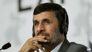 លោកប្រធានាធិបតីអៀរ៉ង់ Mahmoud Ahmadinejad