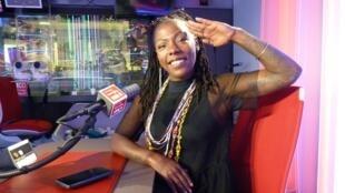 La Dame Blanche en los estudios de RFI
