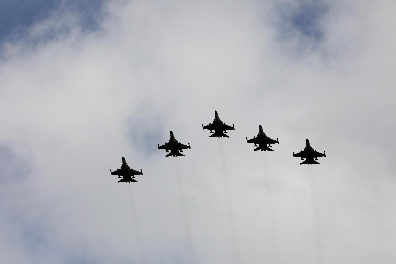 Máy bay F-16 của không quân Đài Loan do Mỹ cung cấp, biểu diễn trong một sự kiện tại Đài Trung, Đài Loan, ngày 28/08/2020.
