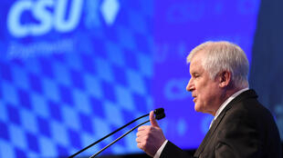 Le chef de file de la CSU Horst Seehofer lors d'un meeting organisé à Munich, le 15 septembre 2018.
