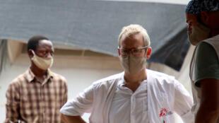 Karel Janssens (c), est le chef de mission de MSF en République démocratique du Congo