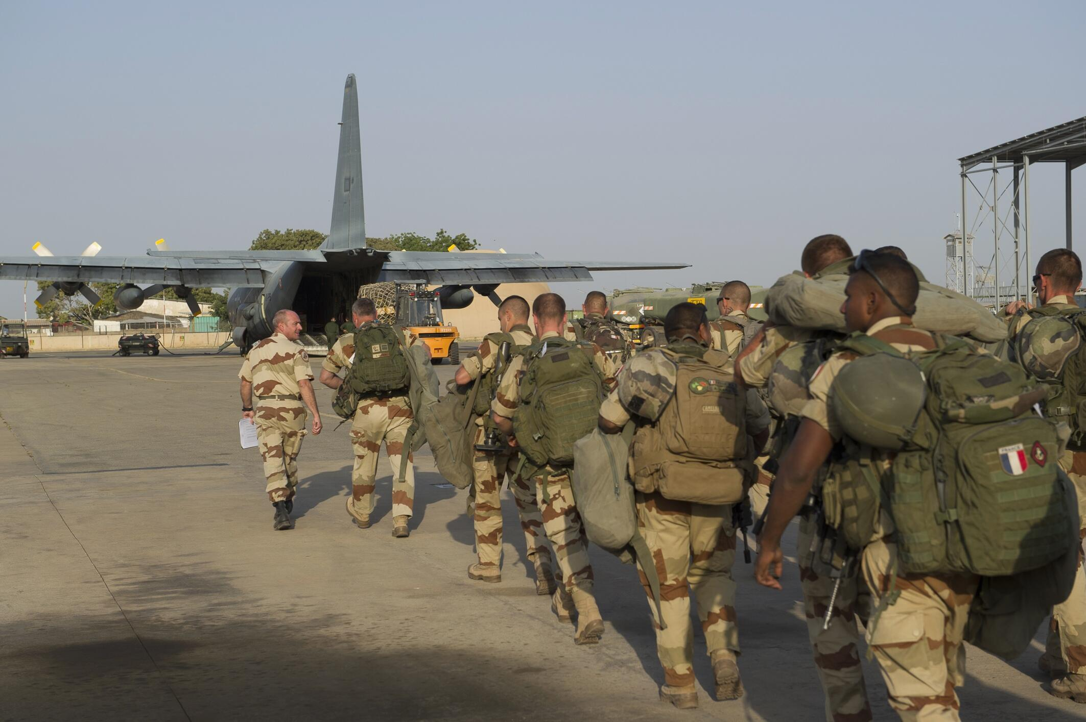 French troops prepare to leave Chad for Mali in January