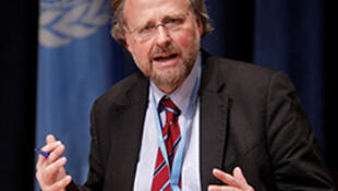 Ông Heiner Bielefeldt, báo cáo viên đặc biệt của Liên Hiệp Quốc về tôn giáo hoặc tín ngưỡng (ảnh UN/Paulo Filgueiras)
