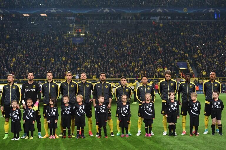 Os jogadores do Borussia Dortmund jogaram frente ao Mónaco na passada quarta-feira, 24 horas depois das três explosões que explodiram no autocarro da equipa alemã.