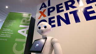 Un robot doté d'intelligence artificielle au centre «Artificial Intelligence Xperience» de l'université Vrije à Bruxelles.