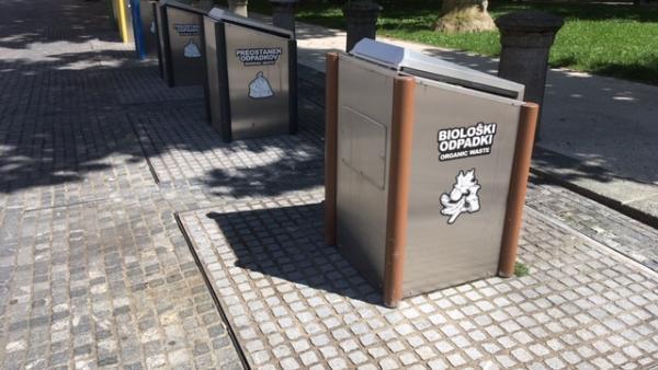 69 points de collecte et de tri dans toute la ville de Ljubljana, en Slovénie. Les containers sont enfouis dans le sol.