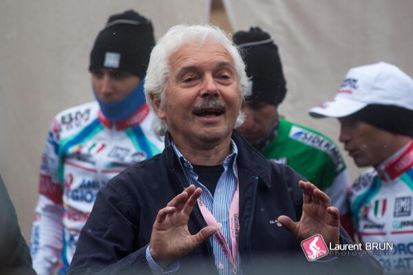 El manager de la escudra ciclista Androni Giocattoli, Gianni Savio, durante la presentacion de su equipo.