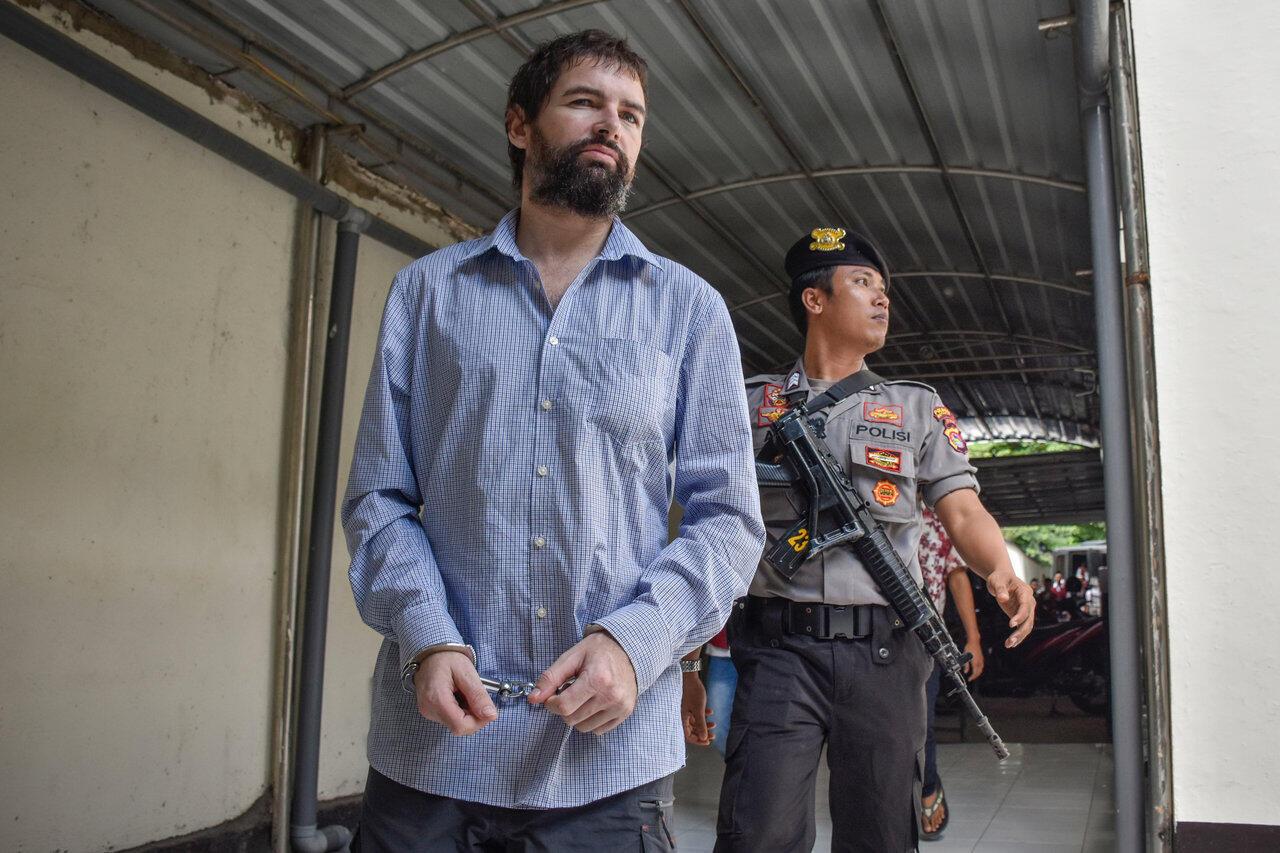 Le ressortissant français Félix Dorfin à son arrivée à la cour, ce lundi 20 mai 2019 à Mataram.