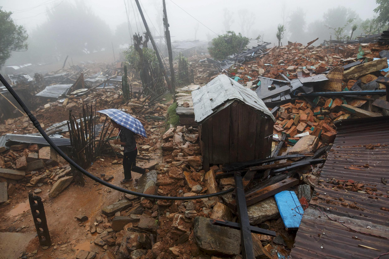 Dans la vallée de Gorkha, le village de Paslang, le 28 avril 2015, après le séisme.