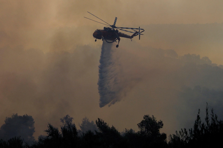 incendie grece patras canadere