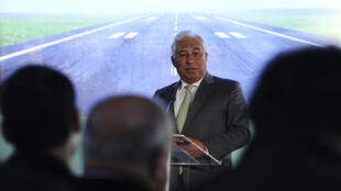 O primeiro-ministro, António Costa, intervém durante a cerimónia de assinatura do acordo sobre o modelo de financiamento da expansão aeroportuária da zona de Lisboa entre o Estado e a ANA, 8 de Janeiro de 2019.
