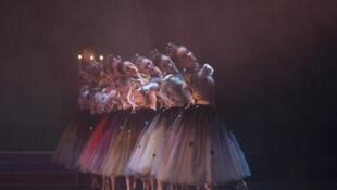 """""""La Valse"""" por  el  Royal Ballet de Londres en el Covent Garden."""