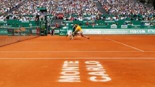 L'Espagnol Rafael Nadal lors de son quart de finale contre l'Autrichien Dominic Thiem au Master 1000 de Monte-Carlo.