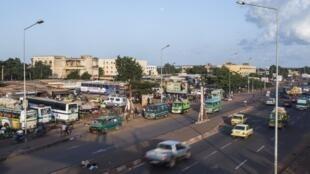 L'avenue de l'OUA, à Bamako, au Mali.