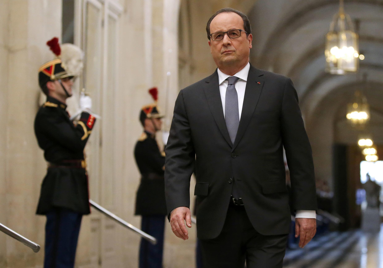 François Hollande condena agressões a professor judeu e a jovem muçulmana