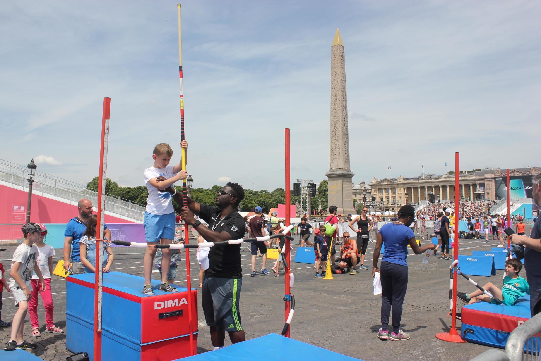 Весь день на площади работали представители 30 спортивных федераций Франции